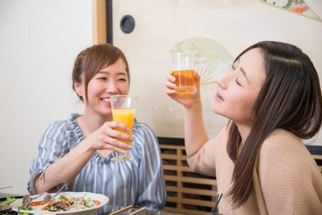友人が少なく飲み会に誘ってもらえない女性たち